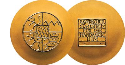 bayerischer_staatspreis_logo