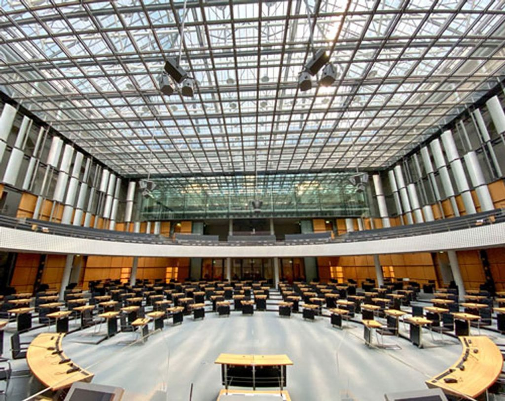 plenarsaal-abgeordnetenhaus-berlin